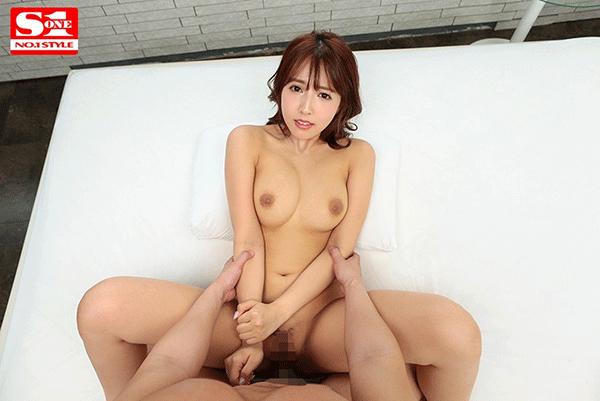 交わる体液、濃密セックスVR 三上悠亜