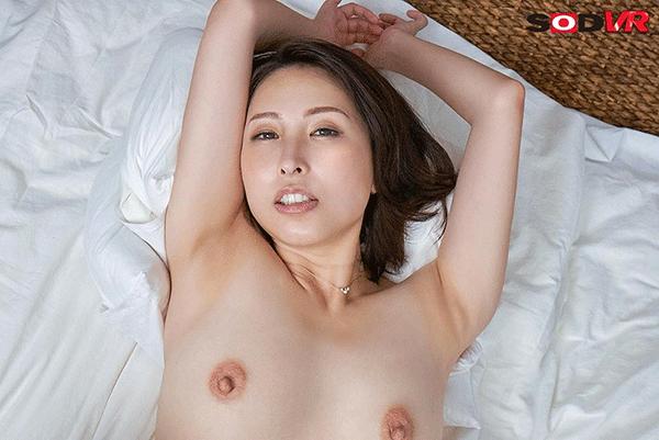 女社長と時間を忘れるほど濃密な高級ランジェリー不倫情交 CEO佐田茉莉子 41歳
