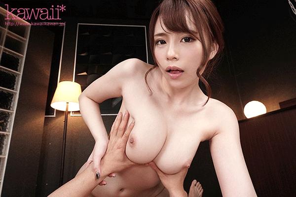 神乳パイズリ&ドヤ顔フェラ!連続10発ザーメン搾取されちゃう絶倫痴女VR 伊藤舞雪